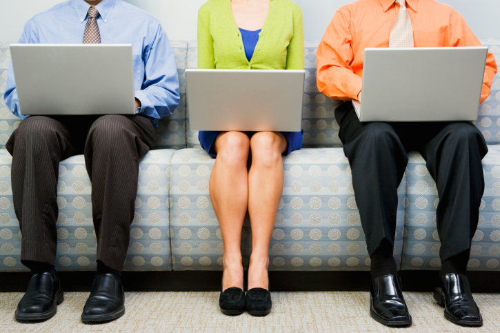 Laptop-Knees